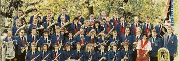 Musikverein mit Gesangsduo
